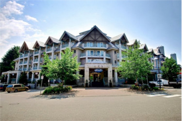 Summit Lodge Boutique Hotel